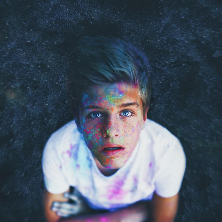 {fc: Alex Lange} Alex) hey I'm Alex. I'm 17 years old. I play soccer with my sister, but we're on different teams. I'm really quiet compared to my sister, but I'm working on it... Come say hi if you'd like...