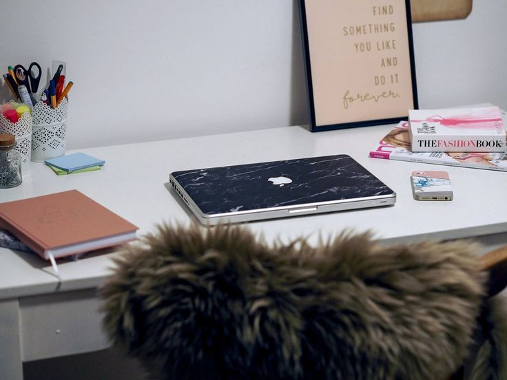 ber ideen zu handyh lle gestalten auf pinterest. Black Bedroom Furniture Sets. Home Design Ideas