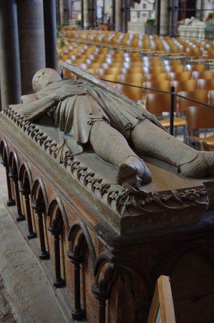 Grave Marker- William Longespe, Earl of Salisbury    Illegitimate son of Henry II and Half Brother of King John,Salisbury Cathedral