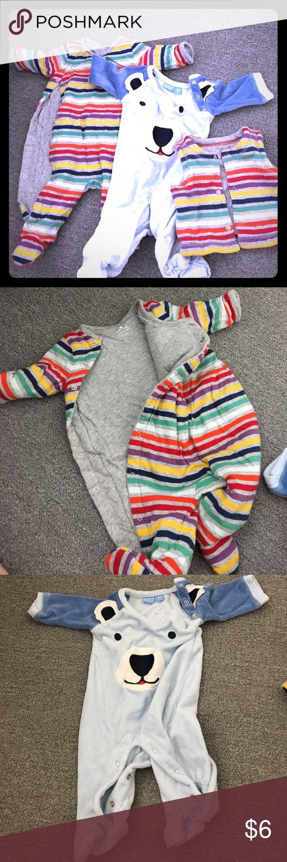 Winter bundle. 2 onesies, 1 reversible vest, 0-3m Winter bundle! Gap 'padded' onesie (like a thin comforter), childrens place velour onesie, Gap 'padded' reversible vest (like a thin comforter), 0-3m Matching Sets