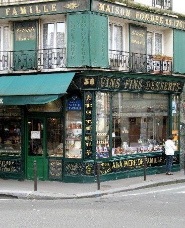 La plus ancienne confiserie de Paris (1761) qui a gardé son décor original
