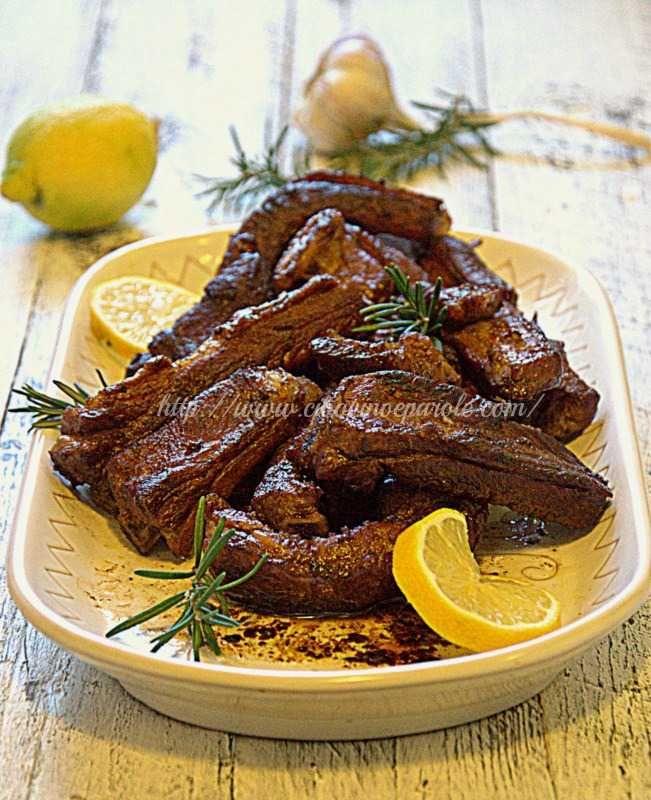 ...: Costine di maiale brasate