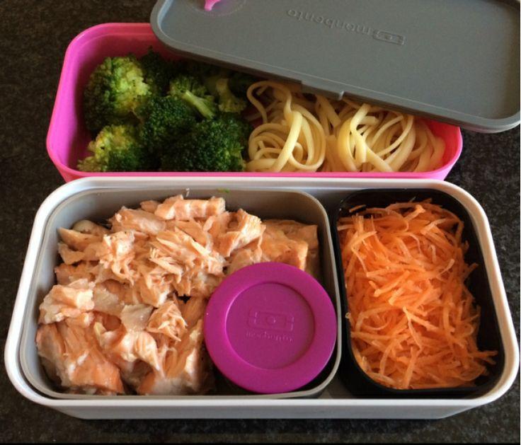 Chicken and broccoli pasta bento