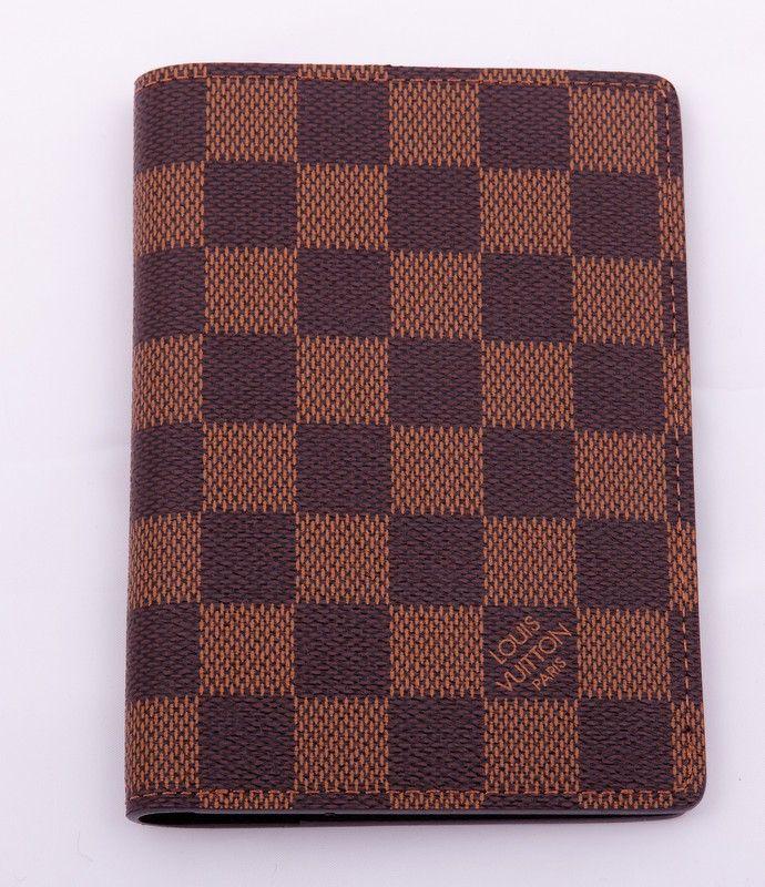 Обожка для паспорта и автодокументов Louis Vuitton в коричневую клетку (Damier Brown). Размер 13.5 х 9.5 см #19317