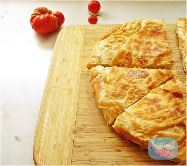 tava böreği, peynirli tava böreği, pratik börek.