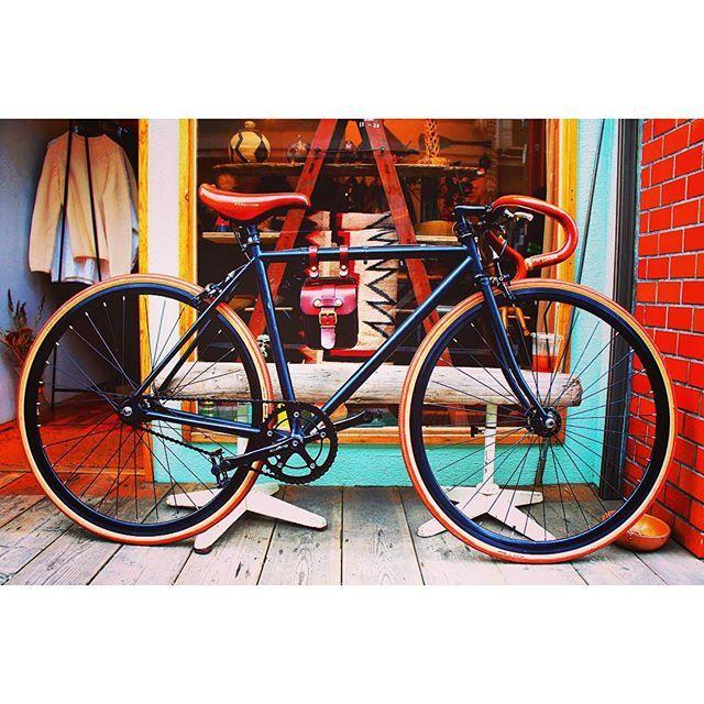 Finally I got a new parter since I was stolen my ex-bike;( Please not happen anywhere to anyone. #bike #fix #fixie #new #custom #sadle #handmade #vintage #handle #fixedgear #japanese #ride #riding #japan #fuji #singlespeed #custommade #自転車 #フジ #ちゃり #オーダー #盗難されませんように #フィクシー