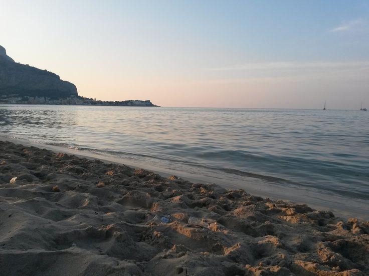 https://flic.kr/p/wwCFqE | Gabriel Brezoiu | Sea, mountain, sun, culture, Mondello, June 2015