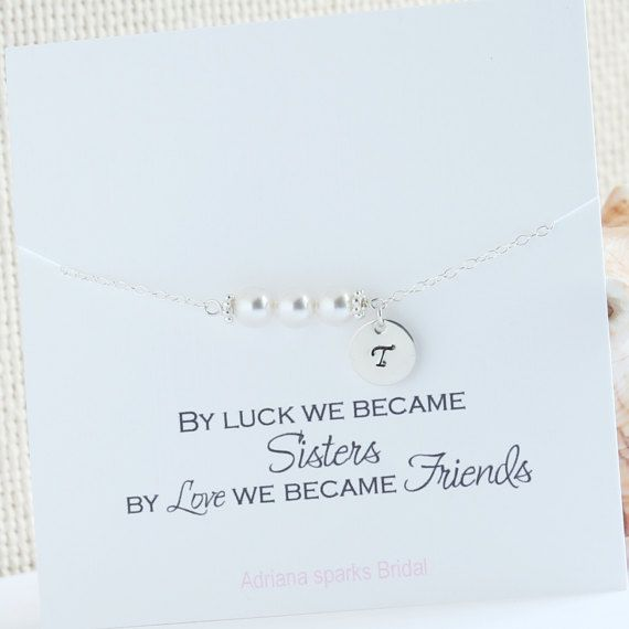 Sister in law Wedding Gift, New Sister In Law Gift, Sister In Law Wedding Gift, Personalized Pearl Bracelet, Maid of Honor Gift Sister