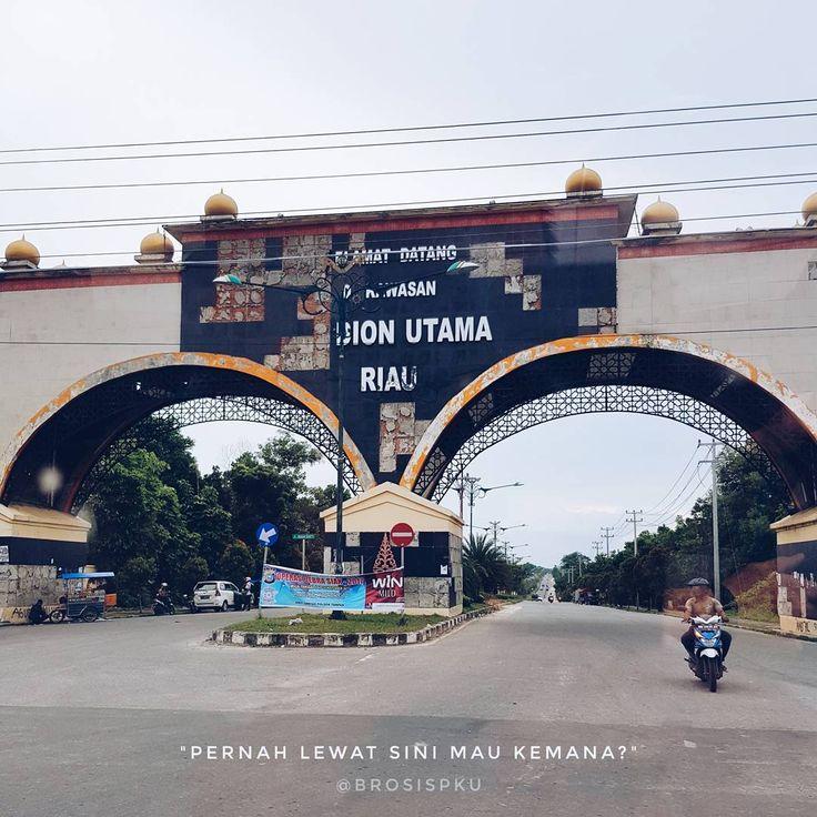 """3,327 Suka, 252 Komentar - Cerita Info Kuliner Pekanbaru (@brosispku) di Instagram: """"Pernah atau malah sering? Biasanya mau kemana, brosis?  #brosispku #brosis #pku #pekanbaru #riau"""""""