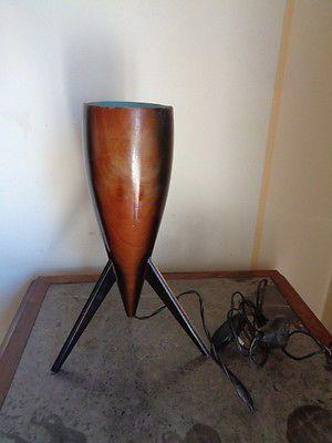 Vintage Lampada Tripode Anni 50 In Legno Stilnovo Da Tavolo Scrivania Comodino