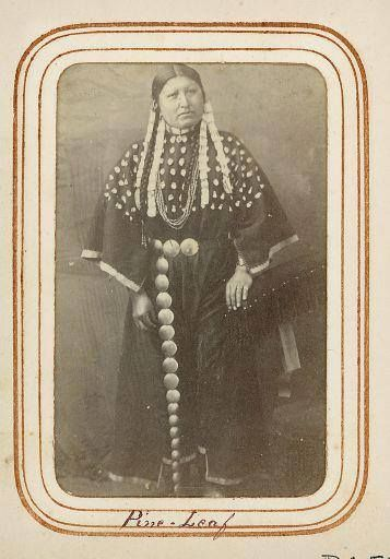 Pine Leaf was a chief of the Crow tribe who counted coup in the 1830s. She was described as a fearsome warrior, and that as a child she took a vow to kill at least one hundred enemies by her own hand.http://bit.ly/JwfnXM