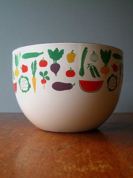 Mid Century Arabia Finland Finel Fruits and Vegetables Enamel Bowl - Mint