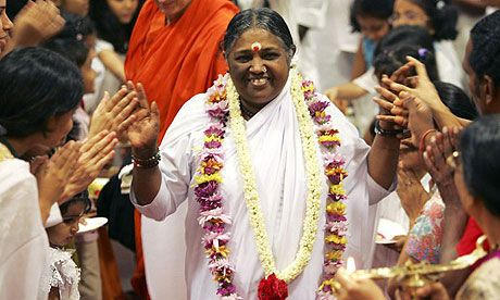 Jenny Kleeman goes to India to experience Amma, the hugging saint ...