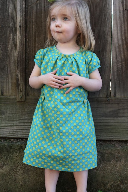 Slightly drop the waist in the back - so perfect for Emsy!!! knock off anthro little girl dress tutorial
