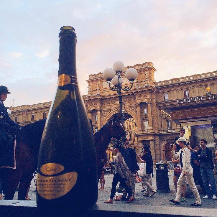 Aperitivo with Col de' Salici Prosecco in Florence, Italy    Compagnia del Vino #cdv