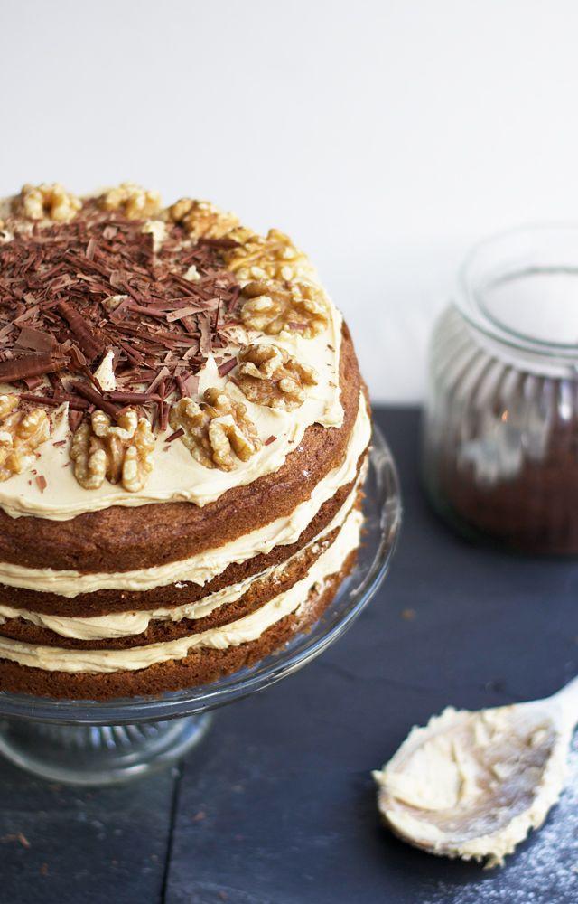 clandestine cake club . august2016 . { Coffee Morning } . Coffee Walnut Cake . Nigella .
