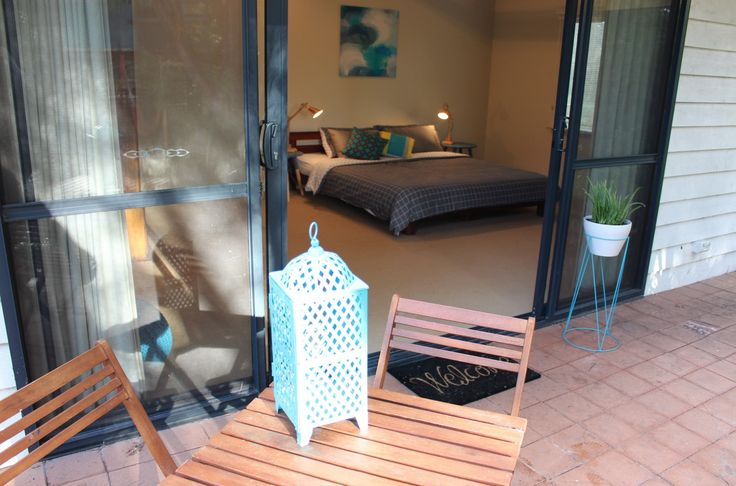 Poppy's Guesthouse. Accommodates up to 5 guests. Call 0414 715 600 or book using the online form. A modern home away from home located on the Bibbulmun Track between ocean and town.