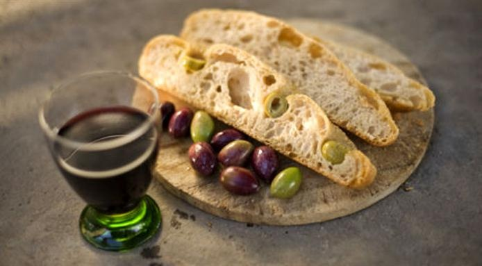 A touch of Tuscany with Italian olive bread
