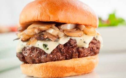 Castello® burger blue paahdetulla sieni-sipulitäytteellä
