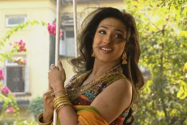 Rituparna Sengupta Loved Working with Pluto, a Dog in the Film Pati Parameshwar - Bengali Movies | Reviews | Celebs | Showtimes | Tollywood News | Box Office | Photos | Videos - BongoAdda.com
