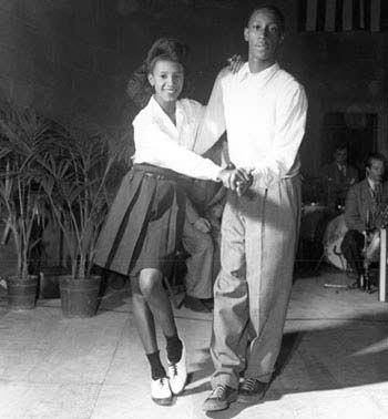 how to do the jitterbug dance