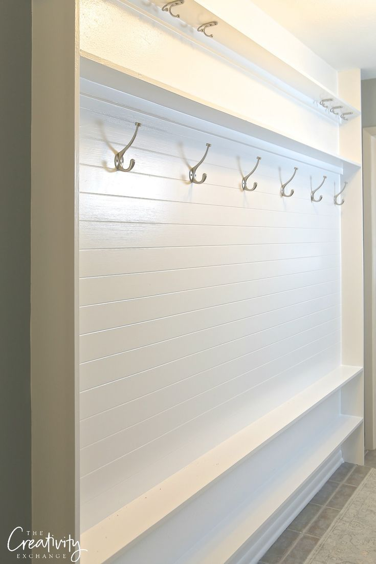 How To Turn Any Space Into A Mudroom Schmaler Schrank