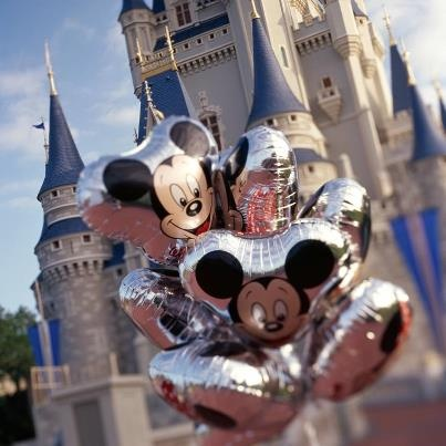 There's so much to learn about Walt Disney World! I don't have much time before my trip -- can you tell me the top five (or ten) things you wish every WDW visitor knew? Answer: http://di.sn/f8h