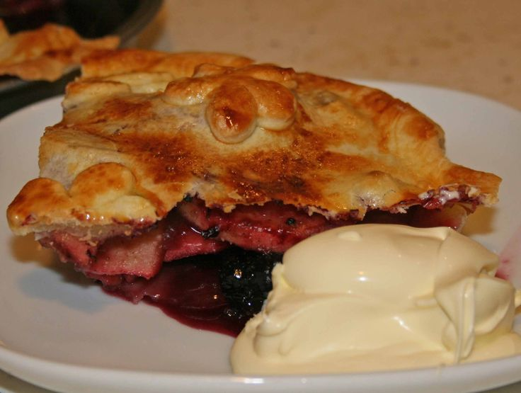 Amazing apple and mulberry pie in Thermomix click here for recipe.