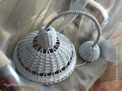 Поделка изделие Плетение Светильники ночники Бумага газетная Трубочки бумажные фото 1
