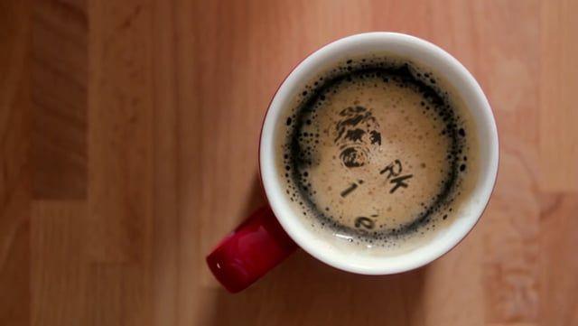 Gepersonaliseerde koffiemokken geven de aandacht voor je bedrijf die het verdient. Iedere keer wanneer je de lekkerste koffie schenkt aan je klant  in een mooie kop en schotel of koffiemok zal hij of haar jullie positief herinneren.  voor meer modellen en informatie gaat u naar http://www.rikegroup.com