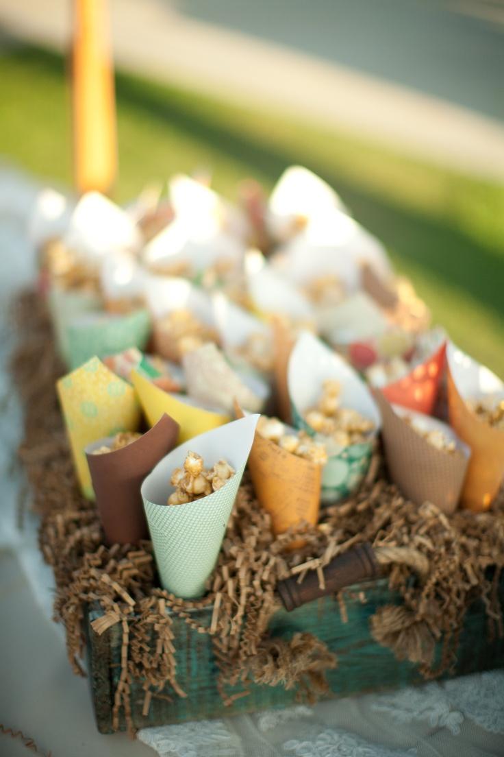 popcorn cones: Birthday, Good Ideas, Favours Ideas, Spring Colors, Parties Ideas