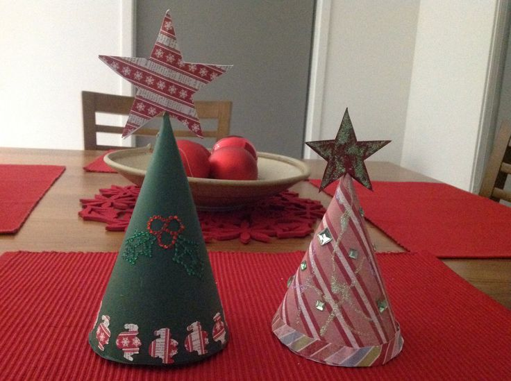 Christmas trees made from cardstock circles
