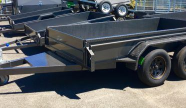 We offer custom made #MelbourneTrailers at the affordable rates. For more information call us on 03 9460 7044 or visit our site