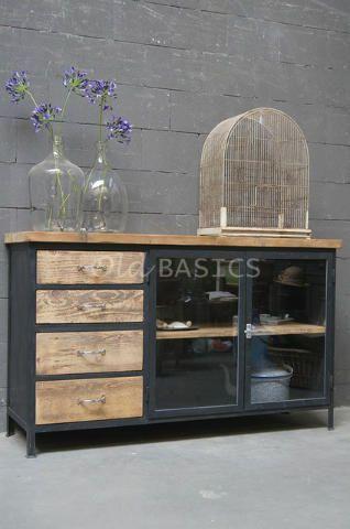 Afbeeldingsresultaat voor kast zwart metaal glas hout