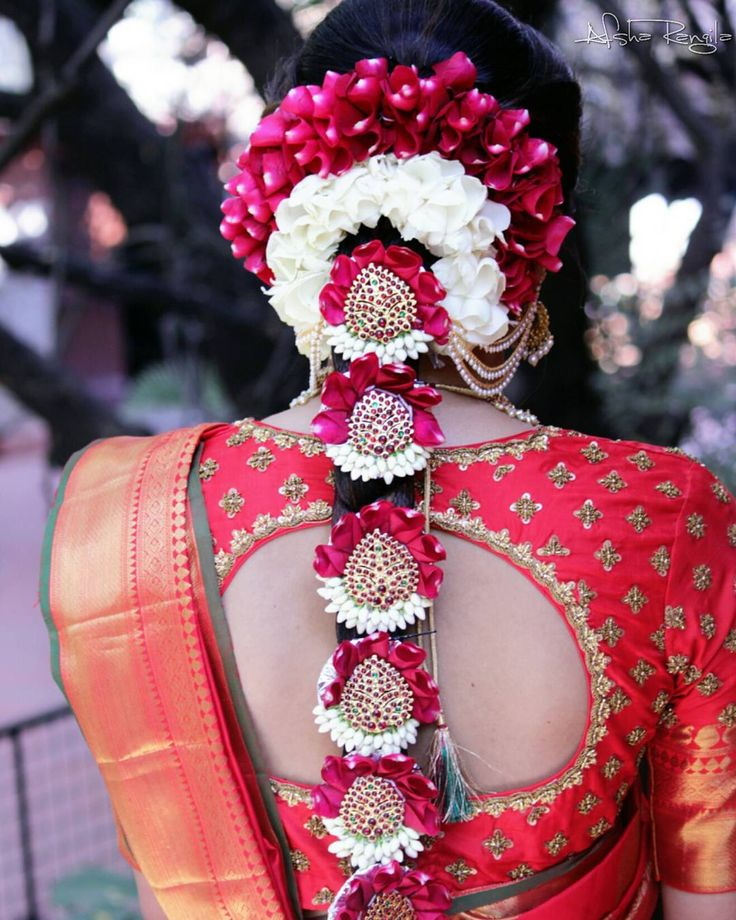 "131 Likes, 2 Comments - afsha rangila - makeupartist! (@afsharangila_makeupartist) on Instagram: ""The Traditional Poolajada for my Dapper Bride!❤ #telugubride #morningwedding #indianbrides…"""