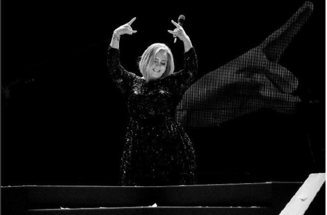 Adele Berhasil Selesaikan 107 Konser dalam 10 Bulan