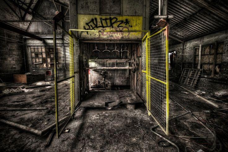 torture, chamber, horror, dark, grimey, urbex, abandoned, derelict, decay, arthakker, hdr