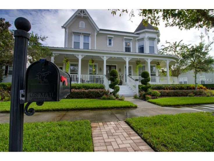 Homes In The Tampa Bay Fla Area With Great Curb Appeal Curb Appeal Residential Real Estate