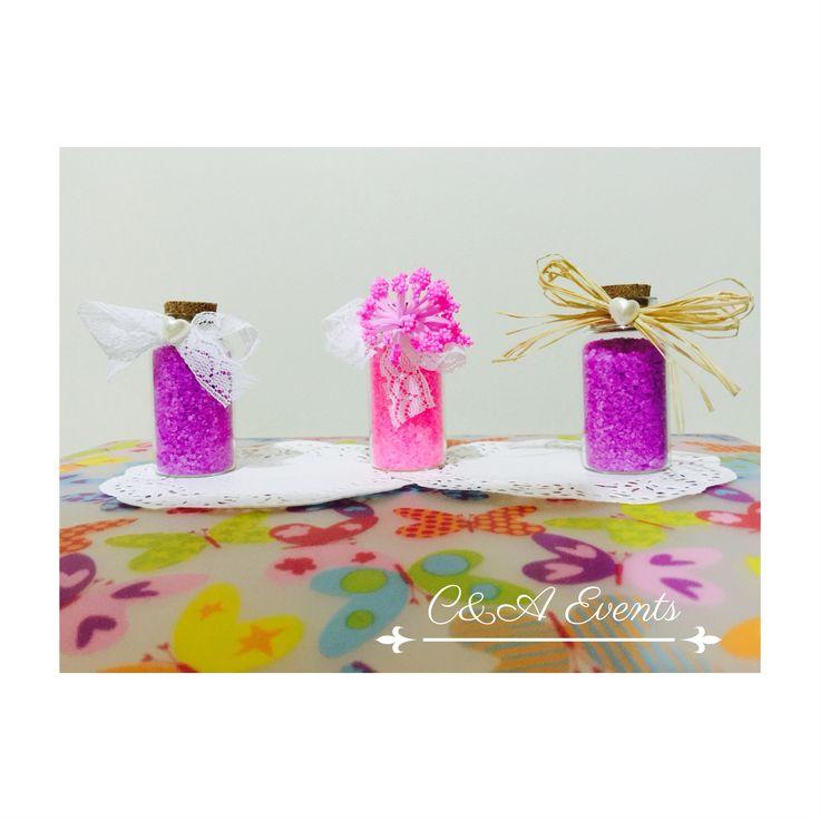 Çeşit çeşit renk ve konsepte banyo tuzları, sizin tercihiniz hangisi?
