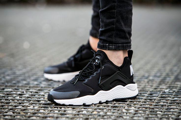 Nike Air Huarache Ultra Black And White