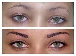 """Révolutionnaire!!! Pas de maquillage!  Pas de crayons, pochoirs, poudres ou fibres.  Convient aux personnes ayant de bons sourcils ou qui n'en ont pas du tout!  Une tenue d'une durée moyenne de 2 à 3 semaines!  Technique Sourcils 3D!  Notre technique révolutionnaire de sourcils en 3D, nous permettra de reconstruire ou de restructurer complètement les sourcils de nos clientes.  Voici le résultat après Extension de sourcils"""""""