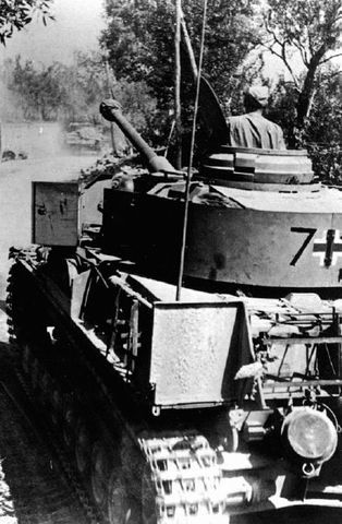 A Panzer 4 Ausf G operating with the Herman Goering Division while stationed in Italy during October of 1943