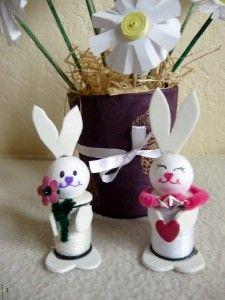Kreatív ötletek Húsvétra: Húsvéti nyuszi    http://www.hobbycenter.hu/Unnepek/kreativ-oetletek-husvetra-husveti-nyuszi.html