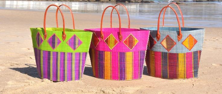 Luce tu mejor look de playa con tus cestos de ATTIS COOL