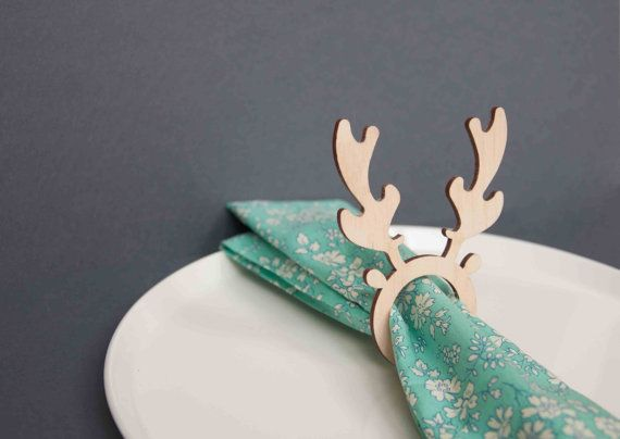 4 x Christmas reindeer napkin rings plywood table by ByCharlie