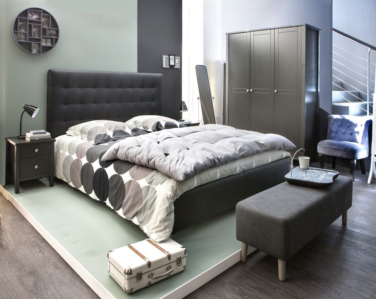 chambre zen et cocon lit et t te de lit capitonn e japp armoire et chevet ornella lampe de. Black Bedroom Furniture Sets. Home Design Ideas
