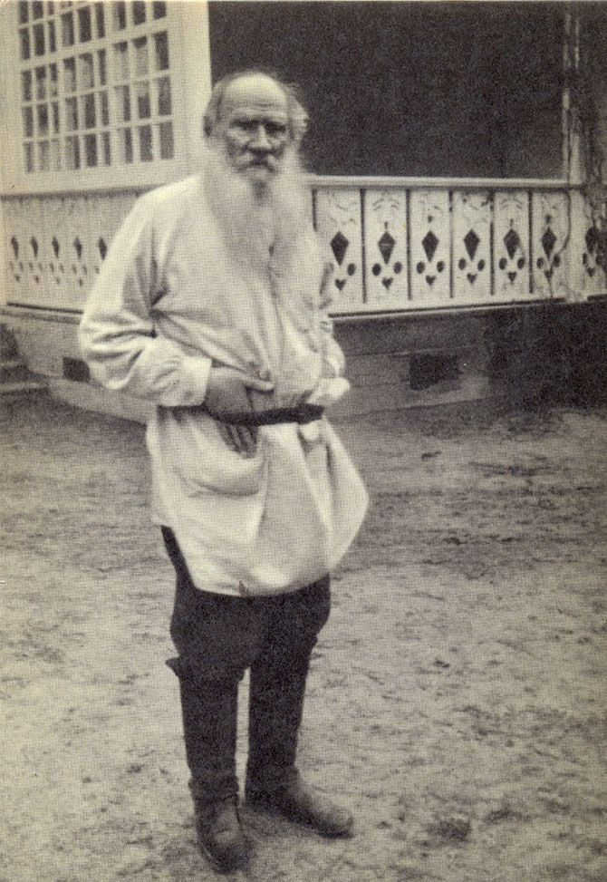 Leo Tolstoy (1828 – 1910) in his Yasnaya Polyana estate, near the terrace of the main house. Tula Province, Russia. 1908. #Leo_Tolstoy