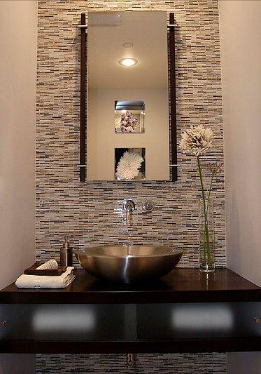 Como remodelar un baño de visitas de una manera atractiva?