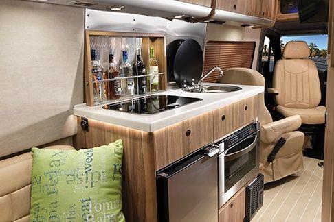 Design | Interstate Grand Tour EXT | Airstream