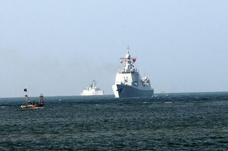 A frigate from the People's Liberation Army Navy visits Pakistan on Sept. 27, 2014. (Photo/Xinhua)